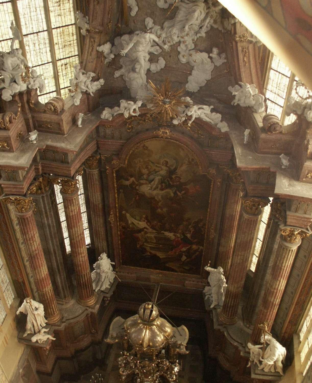 Barokní úprava kněžiště z roku 1762-1765